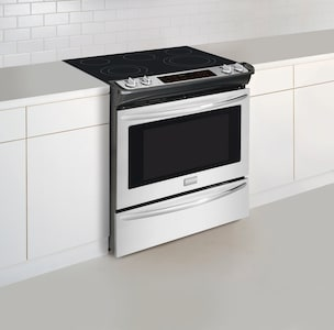 """30"""" Slide-In Electric Range Stainless Steel FGES3065PF"""